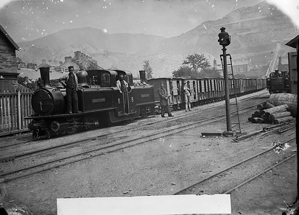 [Workemen's train, Ffestiniog railway]