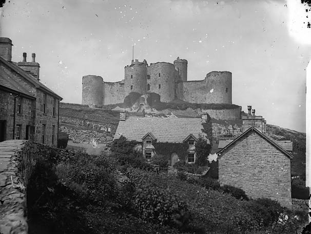 [Harlech castle and Ivy House]