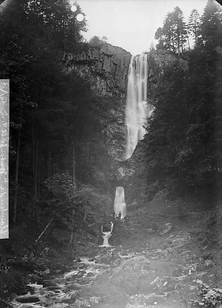 [Rhaeadr Pistyll waterfall, Llanrhaeadr-ym-Mochnant]