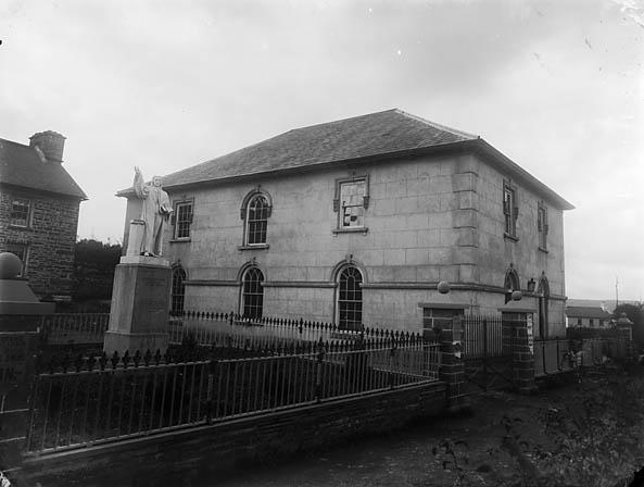 [Capel Gwynfil (CM) and Daniel Rowland monument, Llangeitho]