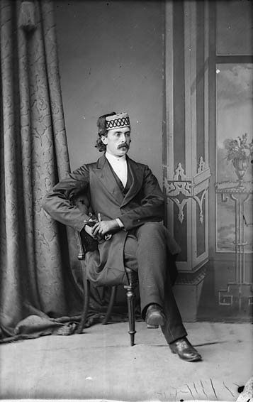 [Ab Madoc (William Tudor ap Madock, 1844?-1916)]