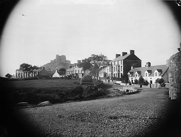 [The town and castle, Cricieth]
