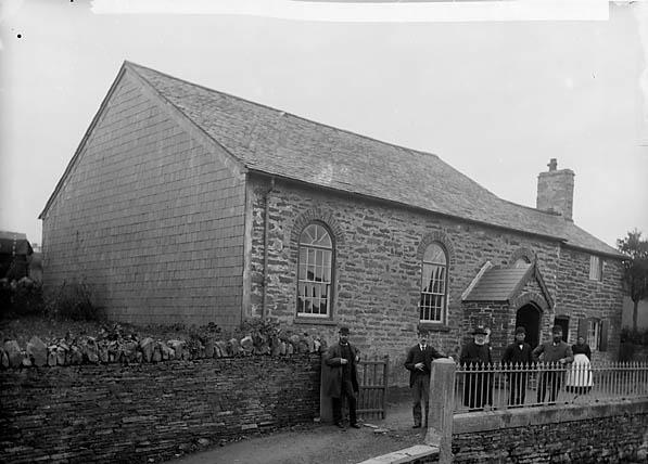 [Llangernyw chapel (CM) and deacons, Llangernyw (1895)]