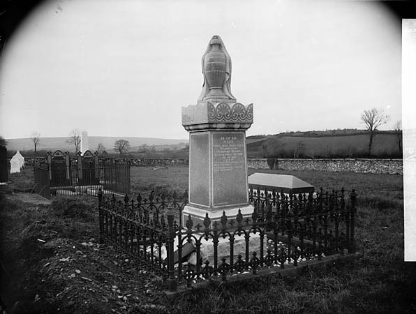 [Gravestone of Mary Lewis, Weunmeillion, Llanybydder (d.1888)]
