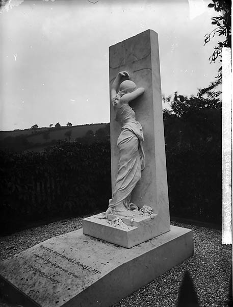 [Monument to Walter Rice Howell Powell MP (1819-89) at Llanboidy]