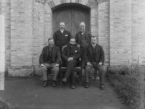 [Minister and deacons of Trinity Chapel (CM), San Cler]