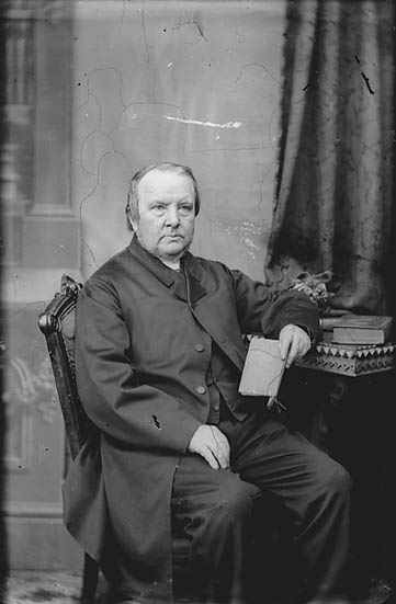 [Revd William Lewis (1814-91) (missionary CM)]