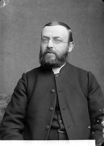 [Revd Evan Jones, Llanbedrog (CM)]