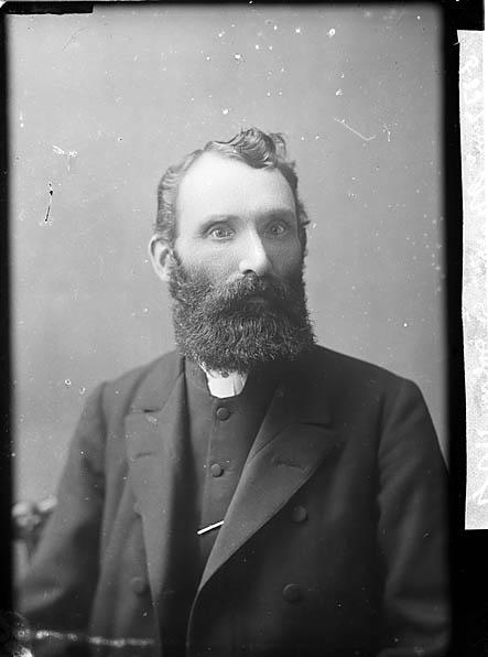[Revd Morris, Llandudoch (CM)]