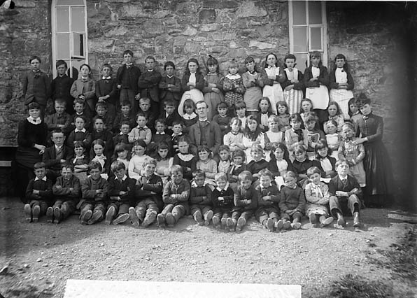 [Older pupils, Llithfaen school]