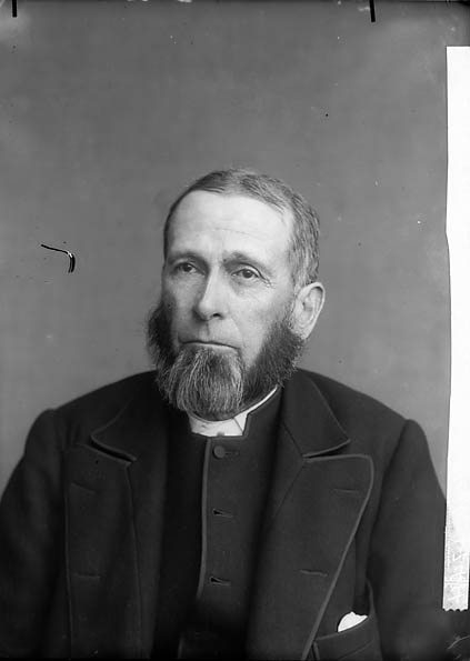 [Revd William Thomas, Whitland (1832-1911) (Cong)]