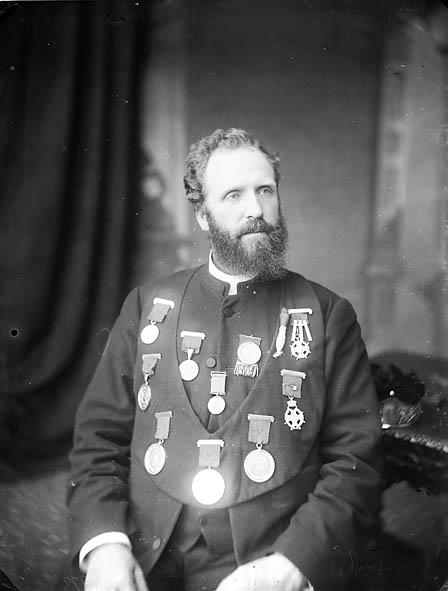 [Cadfan Davies [? J Cadvan Davies, 1846-1923]]