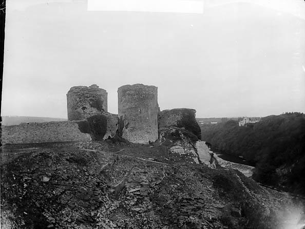 [Cilgerran Castle]