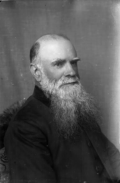 [Revd Evan Phillips (1829-1912), Castellnewydd Emlyn (MC)]