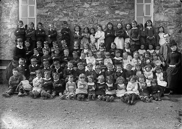 [Infants, Llithfaen school (1887)]