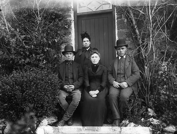 [Edmunds family]