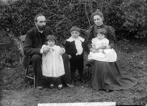 [Revd J B Thomas and Mrs Thomas and family, St Clears]