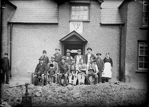 [Workers at the Black Lion, Conwy]