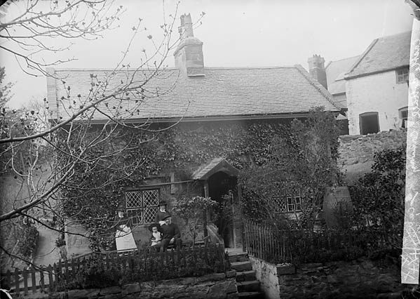 [Castle Cottage, Conwy]