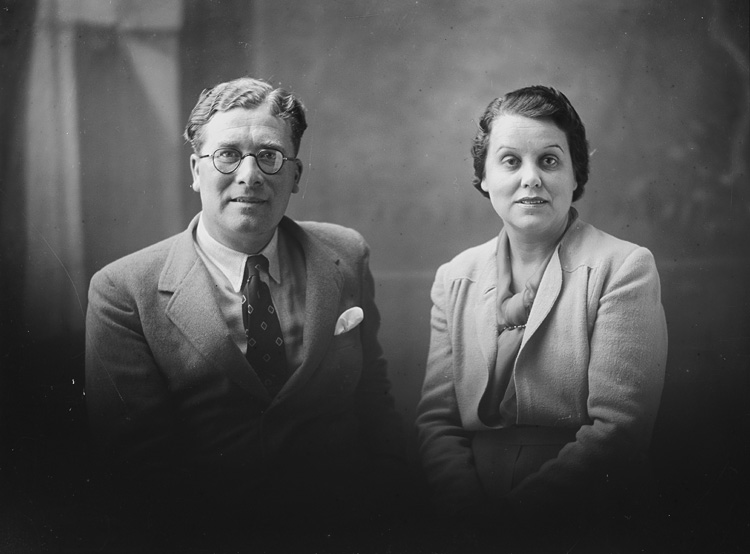 [By-election candidate and his wife, 1939]