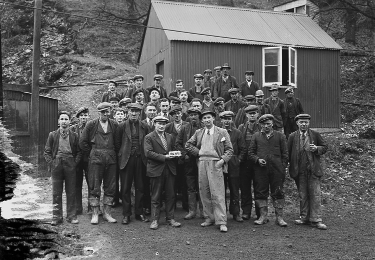[Miners at Pumsaint gold mine]