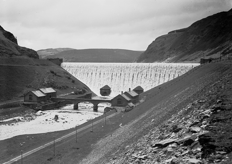 [Caban Coch dam, Elan Valley]