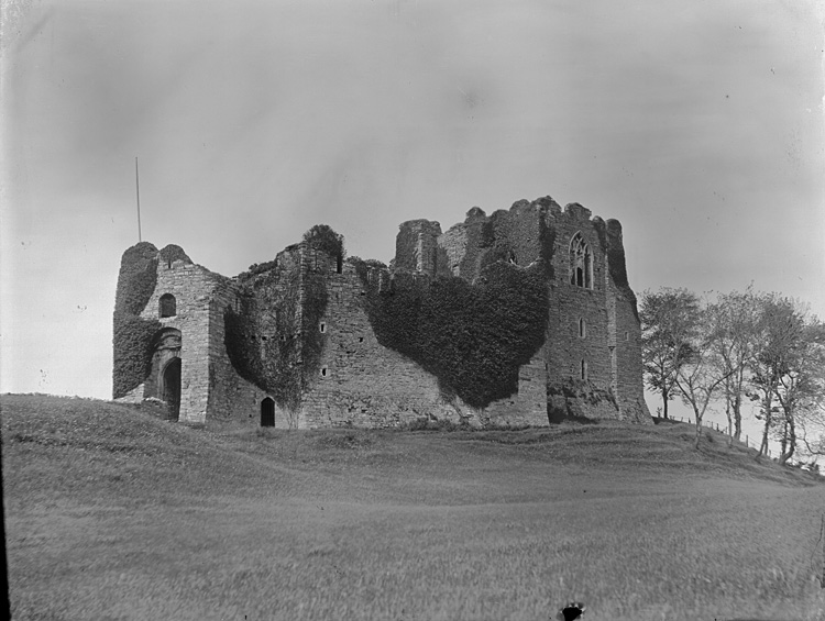 [Oystermouth castle]