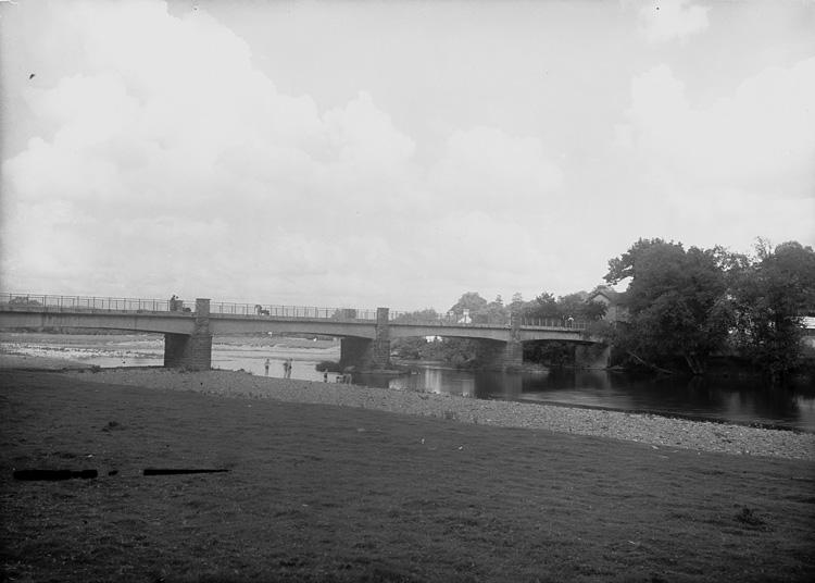 [Bridge at Glasbury]