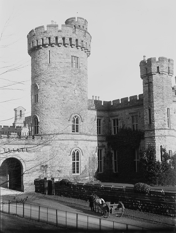 [Unidentified castle]