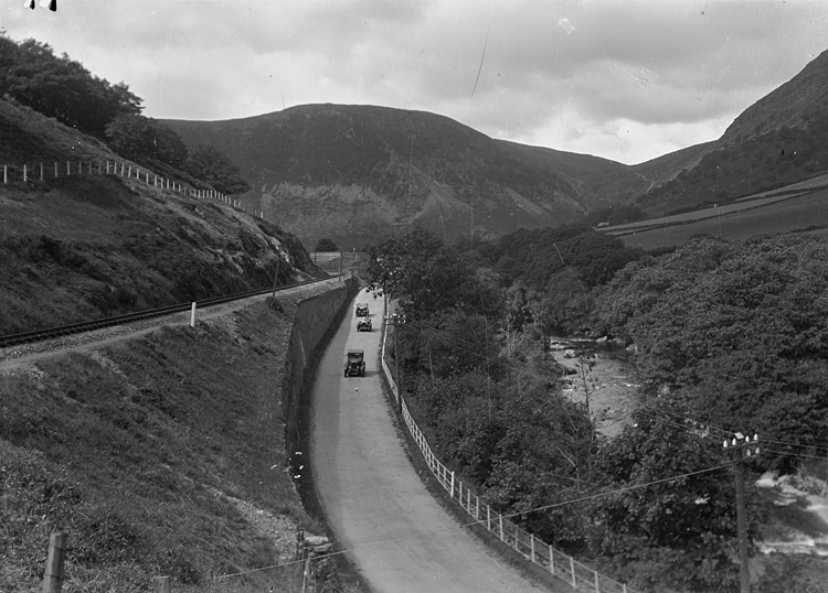[Wye valley near Rhayader]