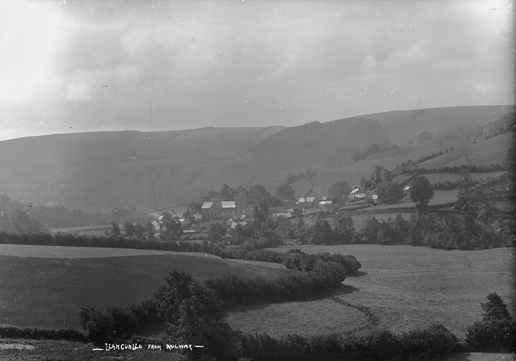 Llangunllo from railway