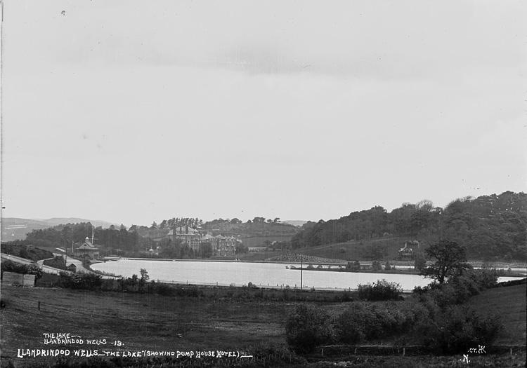 "Llandrindod Wells - ""The lake"" (showing Pump House Hotel)"