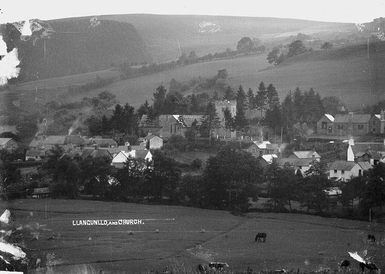Llangunllo and church
