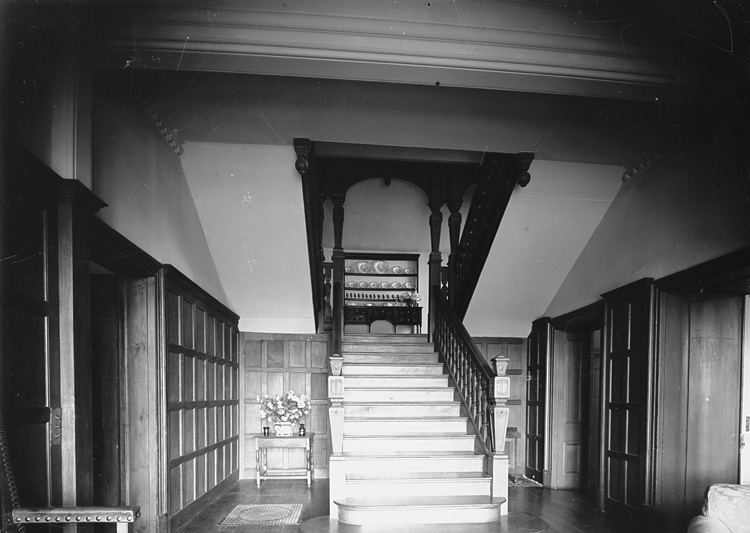 [Hall and stairway of Dderw, Rhayader]