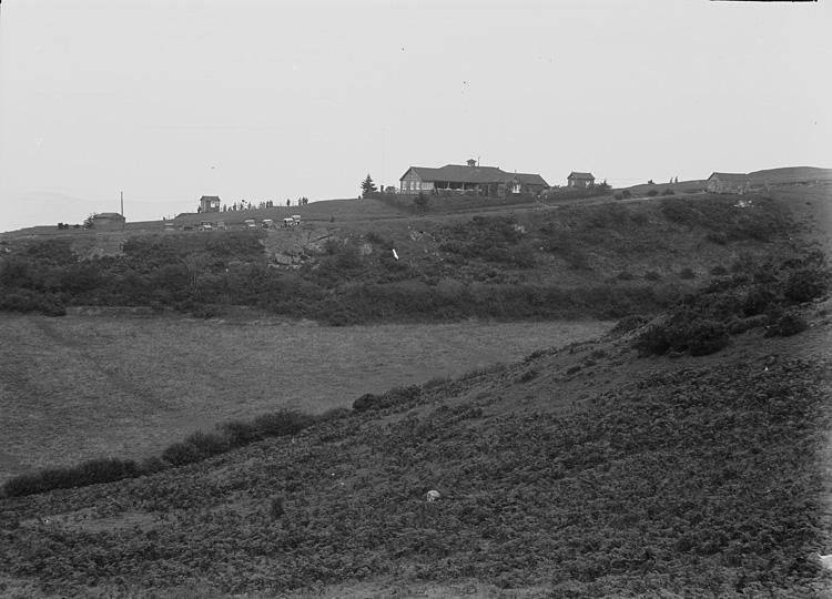[A view of Llandrindod golf club house]