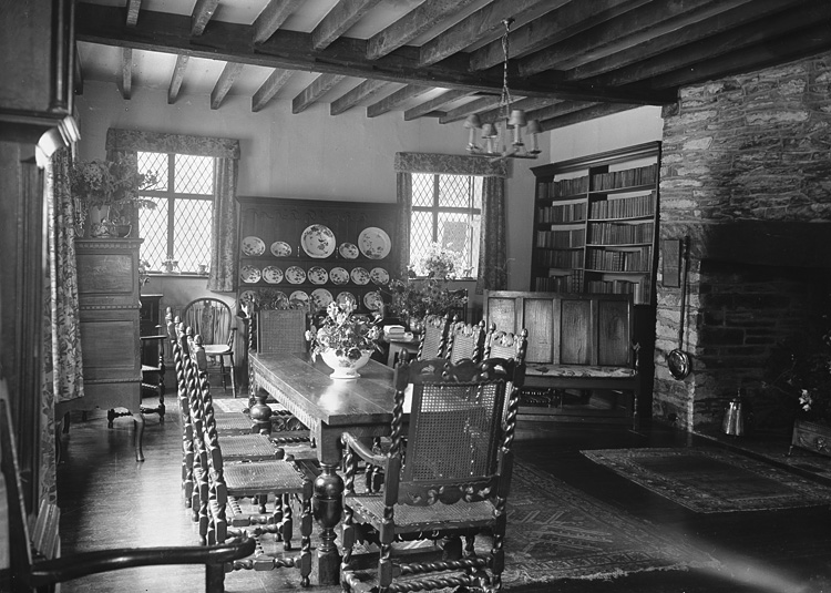 [Dining room at Dderw, Rhayader]
