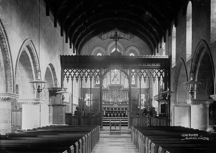 Clun church chancel and altar