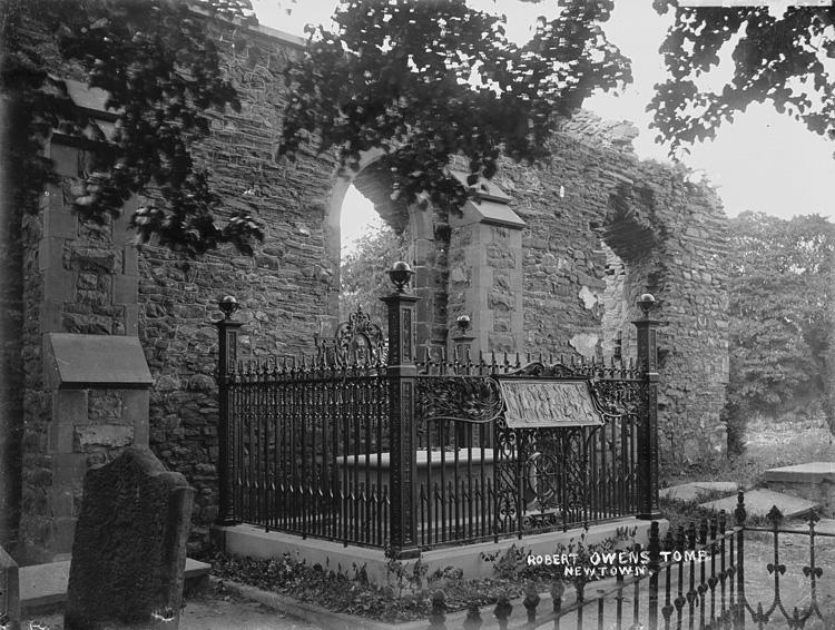 Robert Owen's tomb Newtown