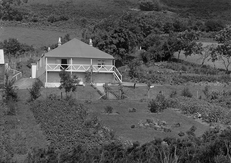[Bungalow and gardens, Bleddfa]