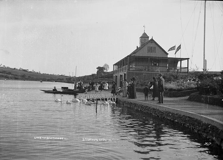 Lake and boathouse, Llandrindod Wells