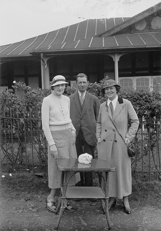 [A man and two ladies outside Llandrindod Wells Golf Club pavilion]