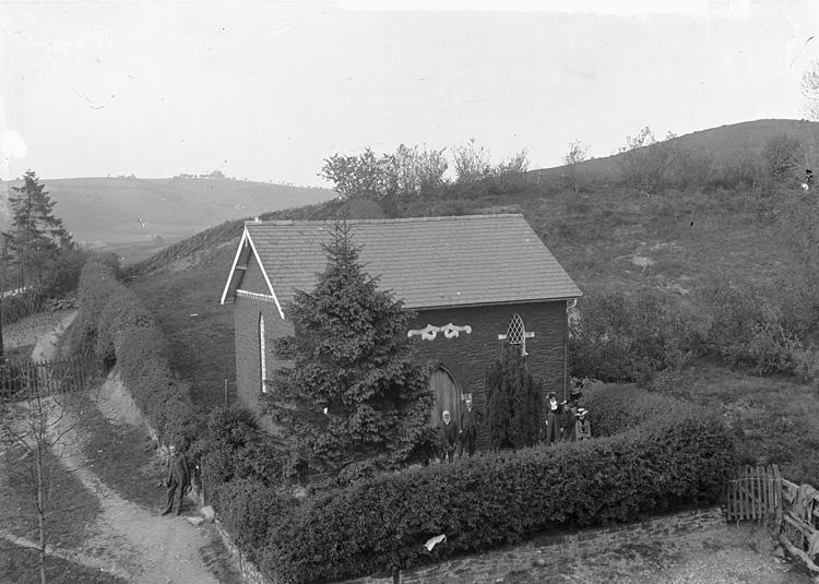 Cwm-y-gaist chapel