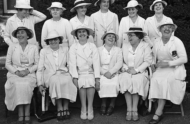 [Newtown Ladies' Bowling Team beat Welshpool ladies at Welshpool]