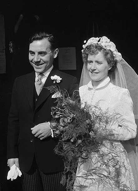 [Wedding of Miss D Bevan, Kinnerley and K Dickenson, Shrewsbury]