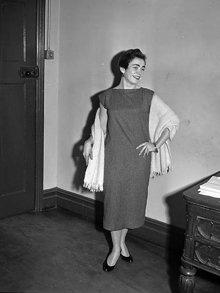 [Miss Delia Southern in a sack dress]