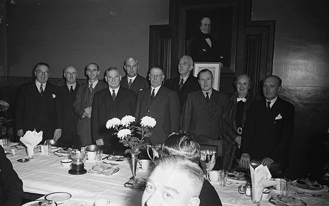 [Whitchurch (Shropshire) Pigeon Club dinner, 1948]