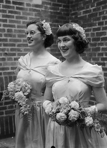 [Wedding of Marion Jones and S G Beard wedding at St David's Presbyterian Church, Shrewsbury]