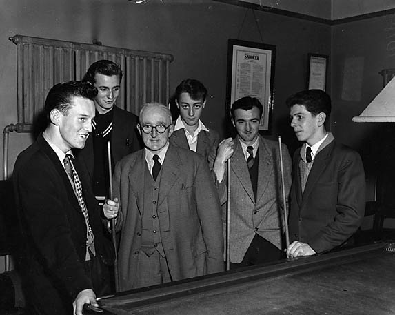 [Oswestry Railway Institute Billiards Team]
