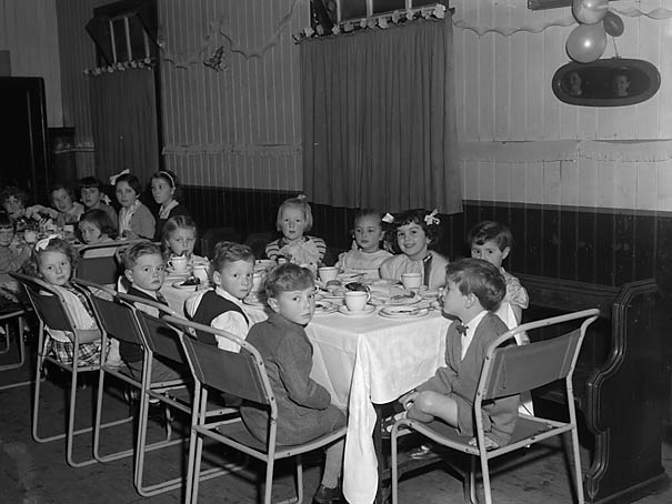 [Ellesmere Young Wives Club Christmas party]