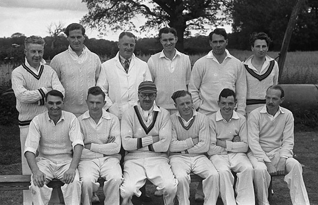 [Whittington and Oswestry cricket teams, 1948]